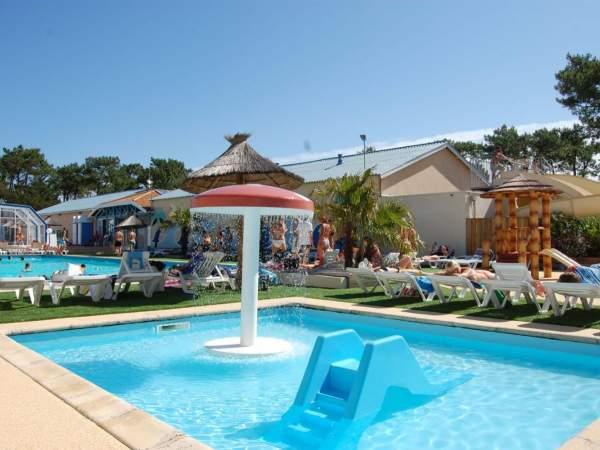 Campsite france landes new for 2018 club marina for Club piscine laval centre de liquidation